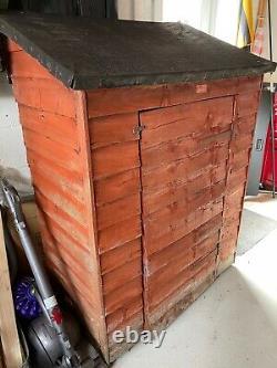 Wooden Log Store Waterproof/Used