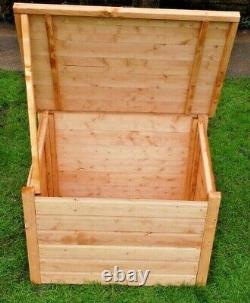 Wooden Tool Box, Outdoor/Indoor with Lid Log chest store